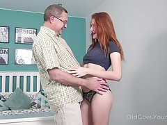 Ginger nympho Foxy Lee feels great forth sucking sloppy boner cock