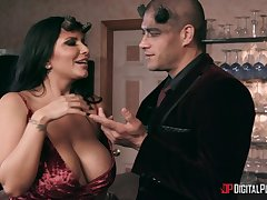 Hardcore group sex up pornstars Gina Valentina and Romi Rain