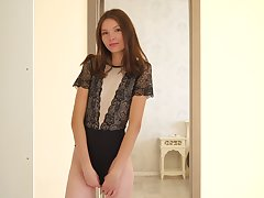Tall teen with flat tits Ariel Tylor is masturbating wet pussy