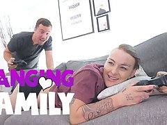 Banging Family - Fucking my Inked Step-Sis Gamer