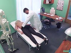 Doctor loads blonde woman's cunt adjacent to be passed on juicy sperm