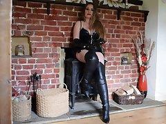 Mistress Delanie Strips - TacAmateurs