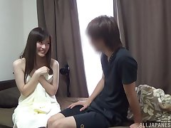 Loud and proud Asian Kitano Nozomi feigns unpretentiousness before lovemaking