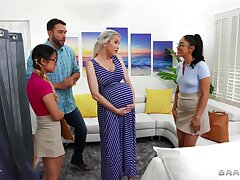 Midwives help pregnant lady w sweltering boyfriend!
