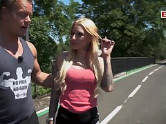 Germam fitness blonde babe make the beast with two backs