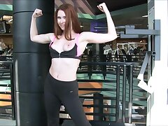 Fit chick flashes her chest in a difficulty long run b for a long time working out handy a difficulty gym. HD
